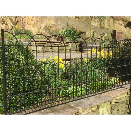The Smithills Gameproof Fencing H698 Medium