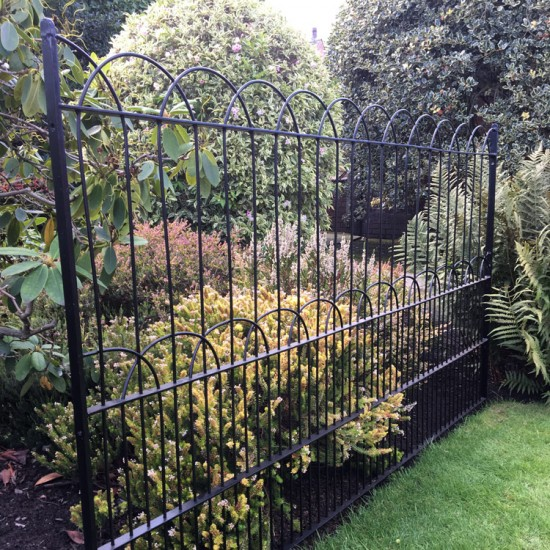 The Smithills Gameproof Fencing H698 Tall